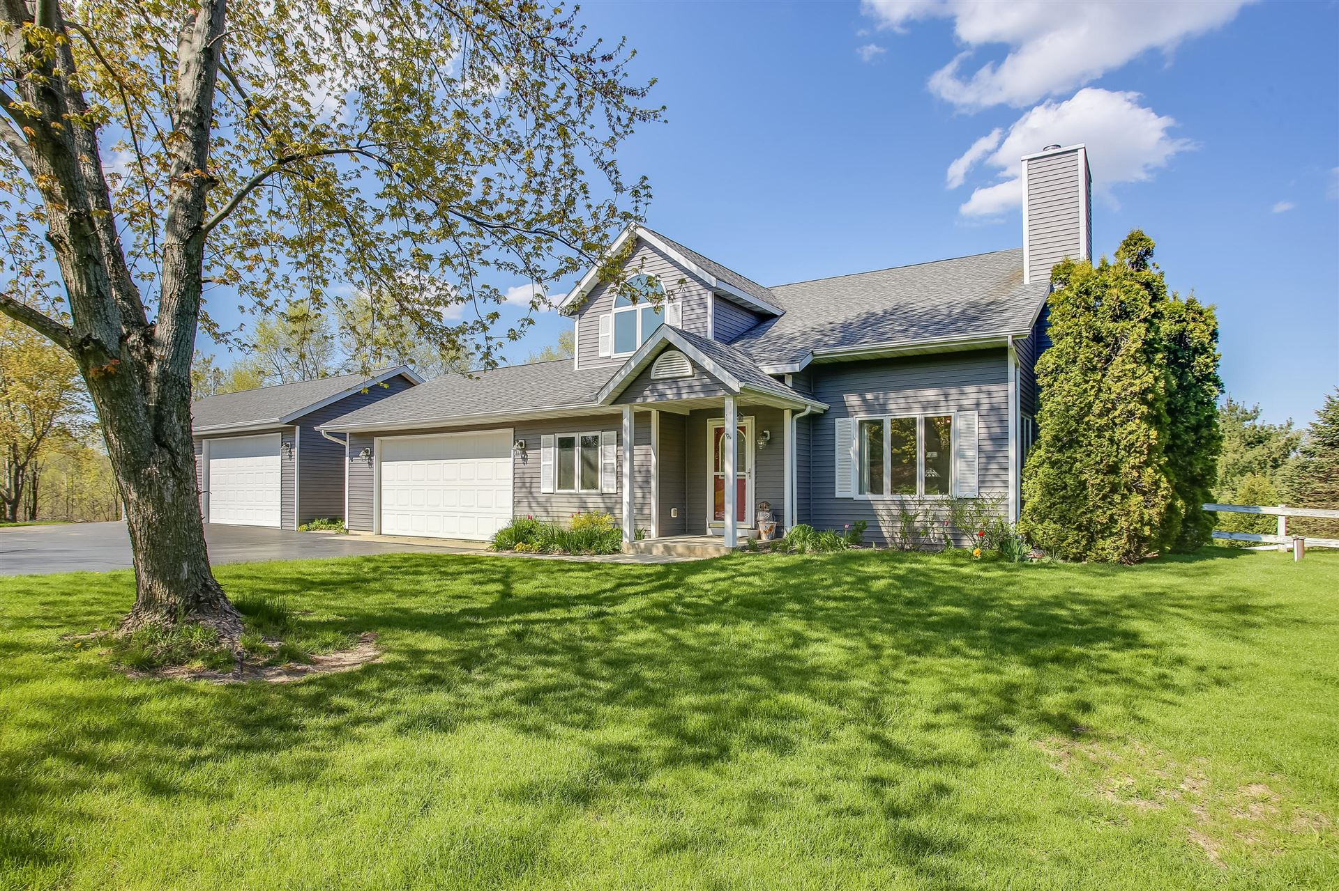 1408 Pond Rd, Twin Lakes, WI 53181 - #: 1689048