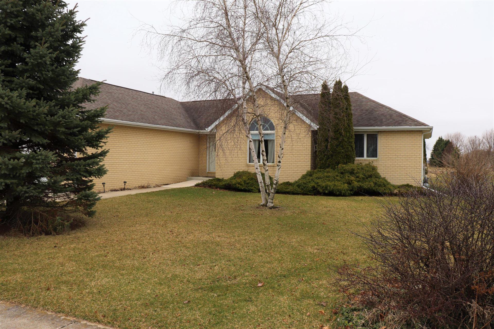 551 Winter Dr, Walworth, WI 53184 - #: 1684052
