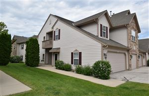 Photo of 2236 W Vista Bella, Oak Creek, WI 53154 (MLS # 1643054)