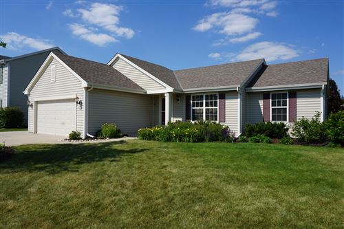 Photo of 713 Belmont Dr, Watertown, WI 53094 (MLS # 1683054)