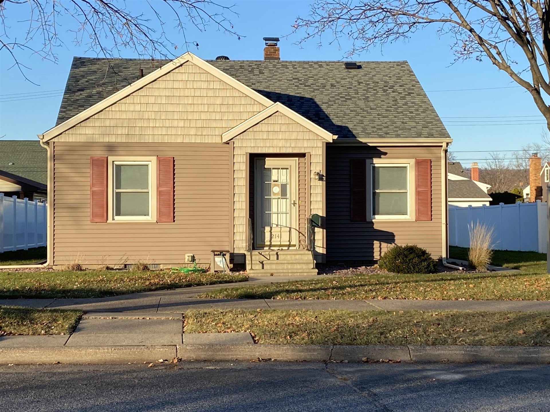 2141 Redfield St, La Crosse, WI 54601 - MLS#: 1720055