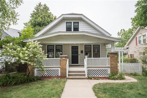 Photo of 8218 Gridley Ave, Wauwatosa, WI 53213 (MLS # 1654056)