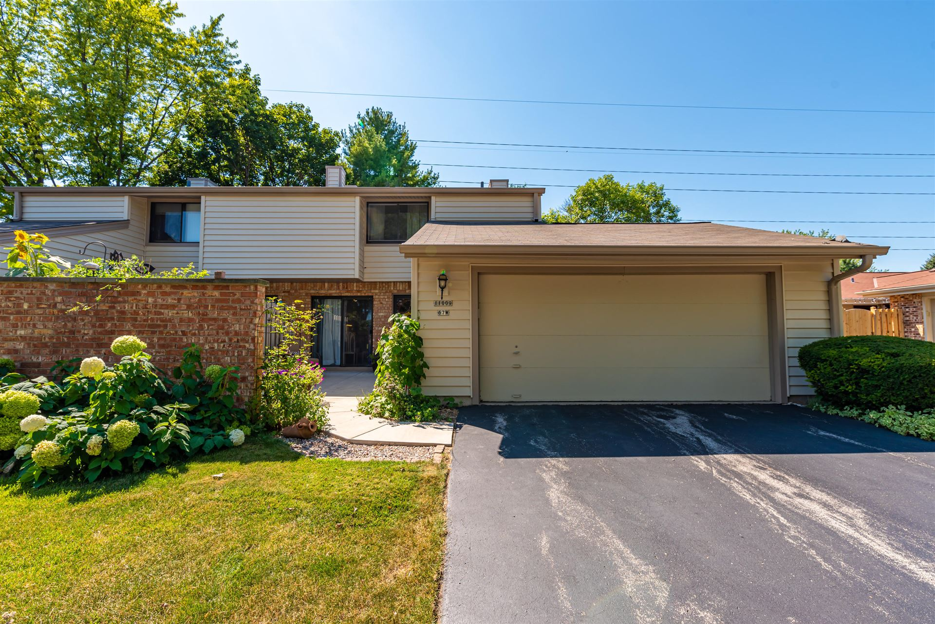 11009 N Redwood Tree Ct, Mequon, WI 53092 - #: 1688061