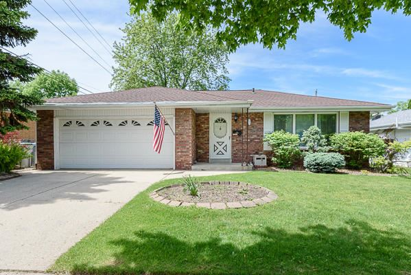 5575 S 24th St, Milwaukee, WI 53221 - #: 1692063