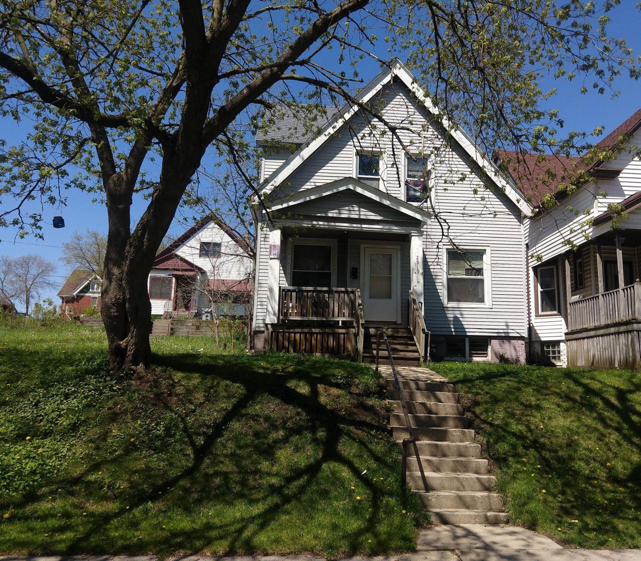 2919 N Palmer St, Milwaukee, WI 53212 - #: 1690069