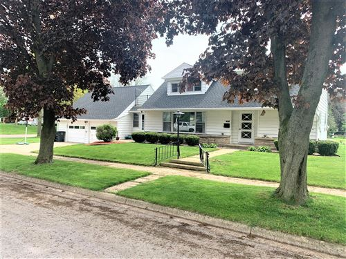 Photo of 616 E Reinel St, Jefferson, WI 53549 (MLS # 1691070)