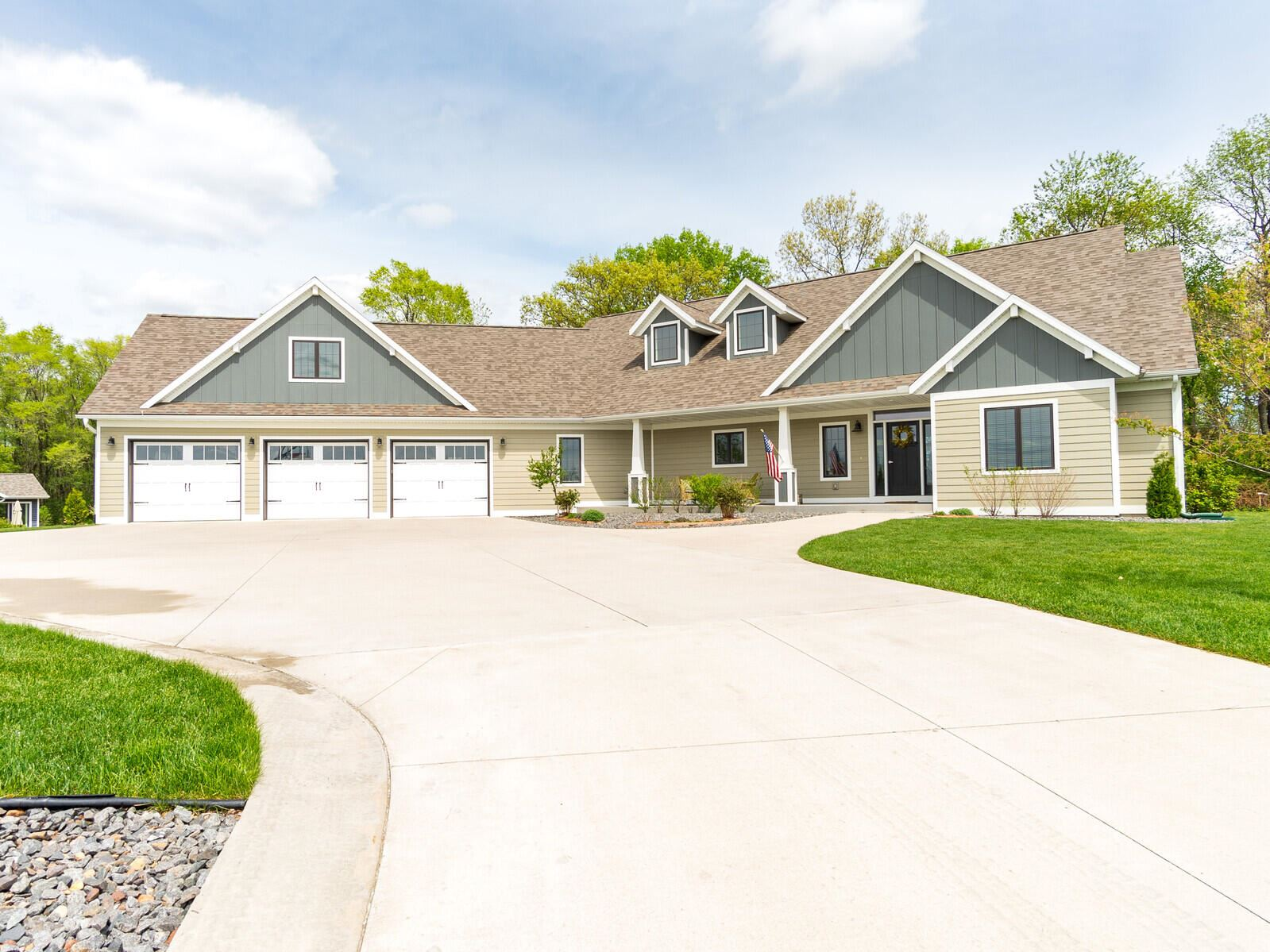 N7042 Pedretti ST, Holland, WI 54636 - MLS#: 1739071