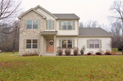 Photo of 9140 Brandybrook Trl, Brown Deer, WI 53223 (MLS # 1670073)