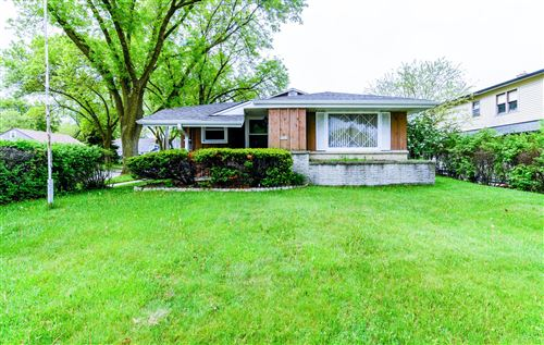 Photo of 9501 W Oklahoma, Milwaukee, WI 53227 (MLS # 1691076)