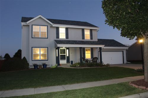 Photo of 205 Stonebrook Drive, Waukesha, WI 53186 (MLS # 1769078)