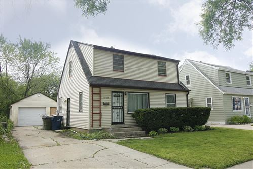 Photo of 5049 N 55th St, Milwaukee, WI 53218 (MLS # 1691080)