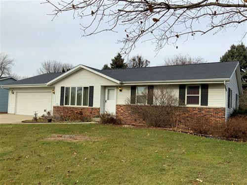 Photo of 4215 Bordeaux Dr, Janesville, WI 53545 (MLS # 1670081)