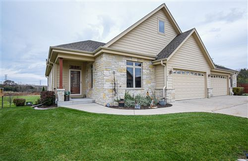 Photo of 543 Garden Prairie Dr, Waukesha, WI 53186 (MLS # 1670082)