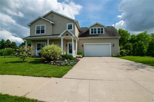 Photo of 1114 Tamarack St, Delavan, WI 53115 (MLS # 1691088)