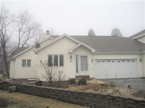 Photo of N13W6867 Pheasant Ct, Cedarburg, WI 53012 (MLS # 1683090)