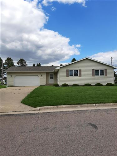 Photo of 250 Goodview Dr, Spring Grove, MN 55974 (MLS # 1691090)