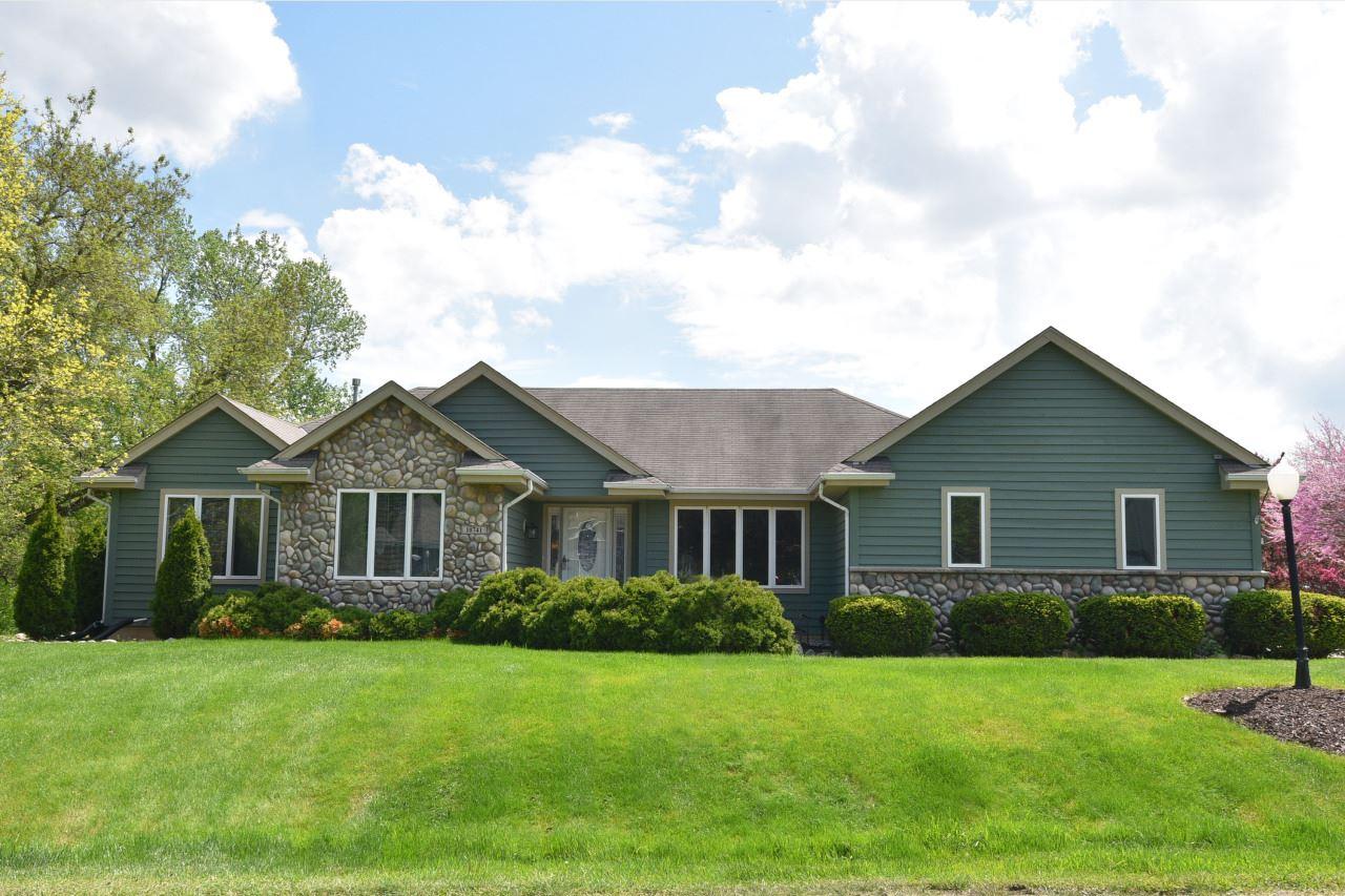 10741 W Green Tree Rd, Milwaukee, WI 53224 - #: 1689102