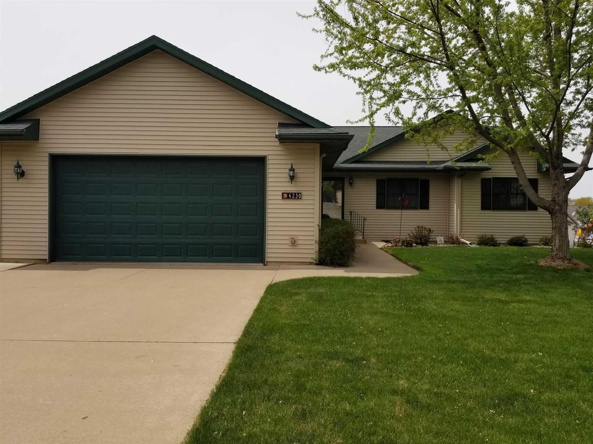 4230 Cliffside Dr, La Crosse, WI 54601 - MLS#: 1687105