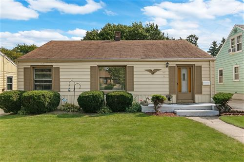Photo of 717 Illinois St, Racine, WI 53405 (MLS # 1712106)