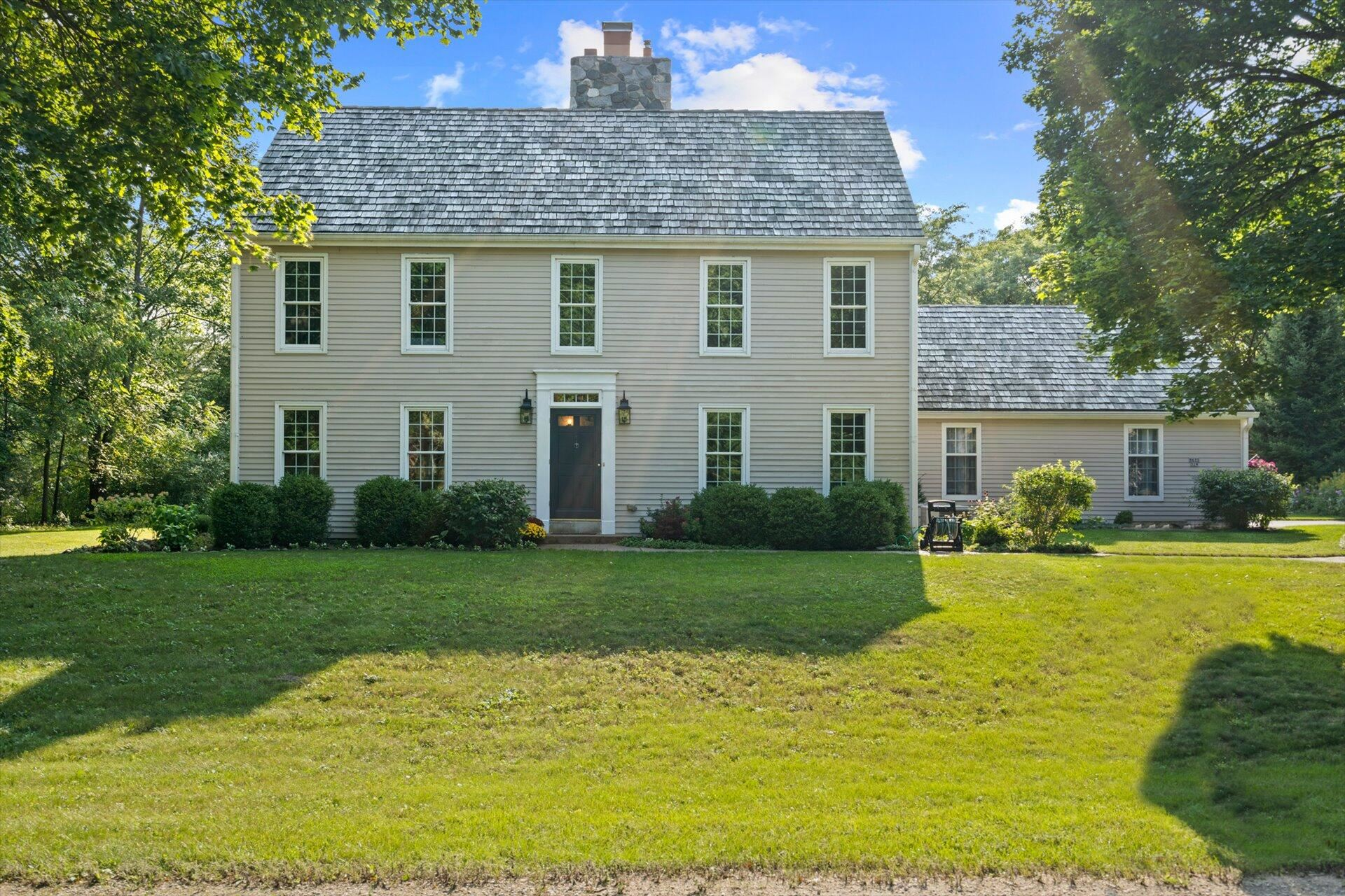 9615 N Valley Hill Dr, Mequon, WI 53092 - MLS#: 1762112