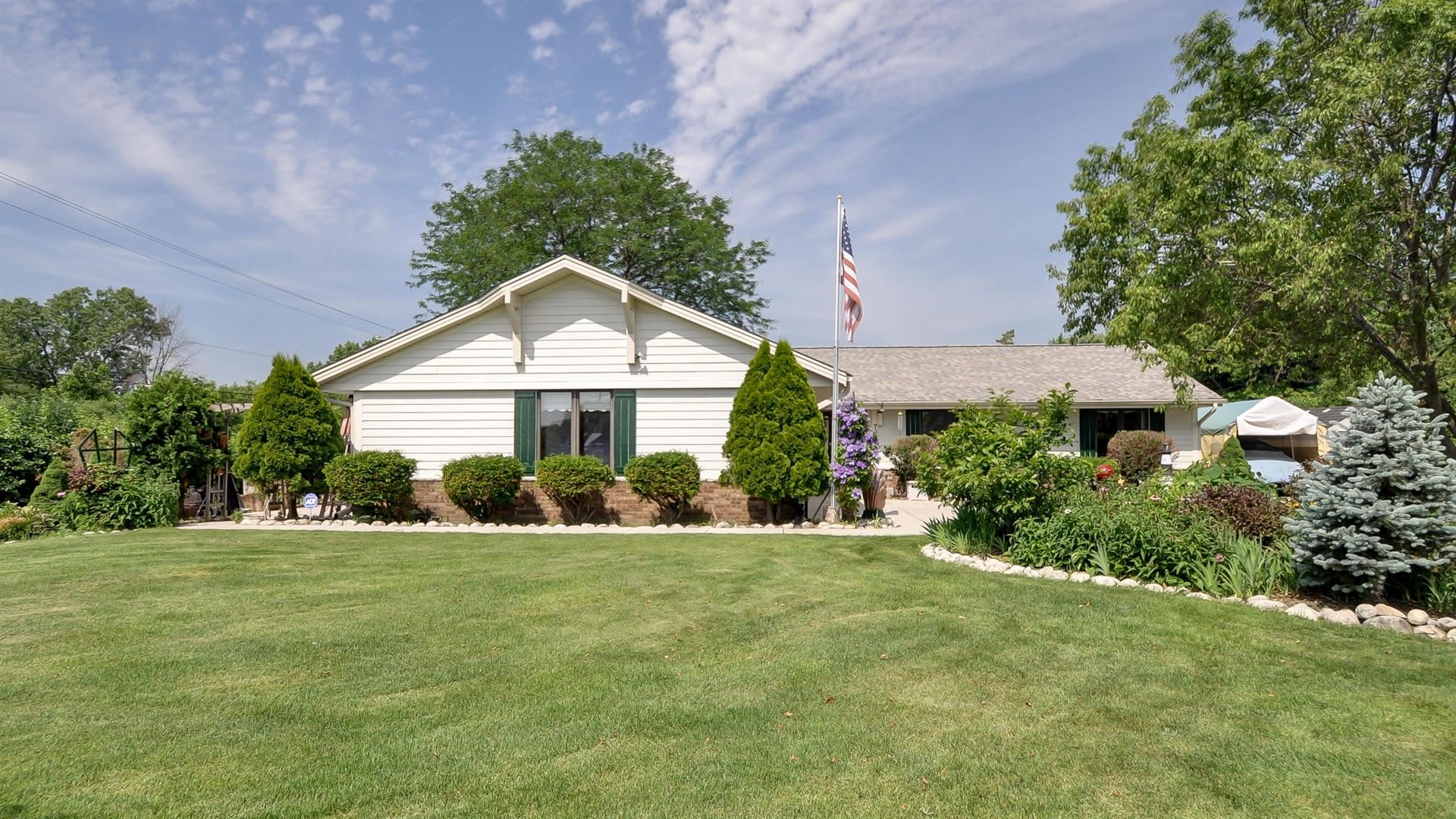 7867 S 83rd St, Franklin, WI 53132 - #: 1670117