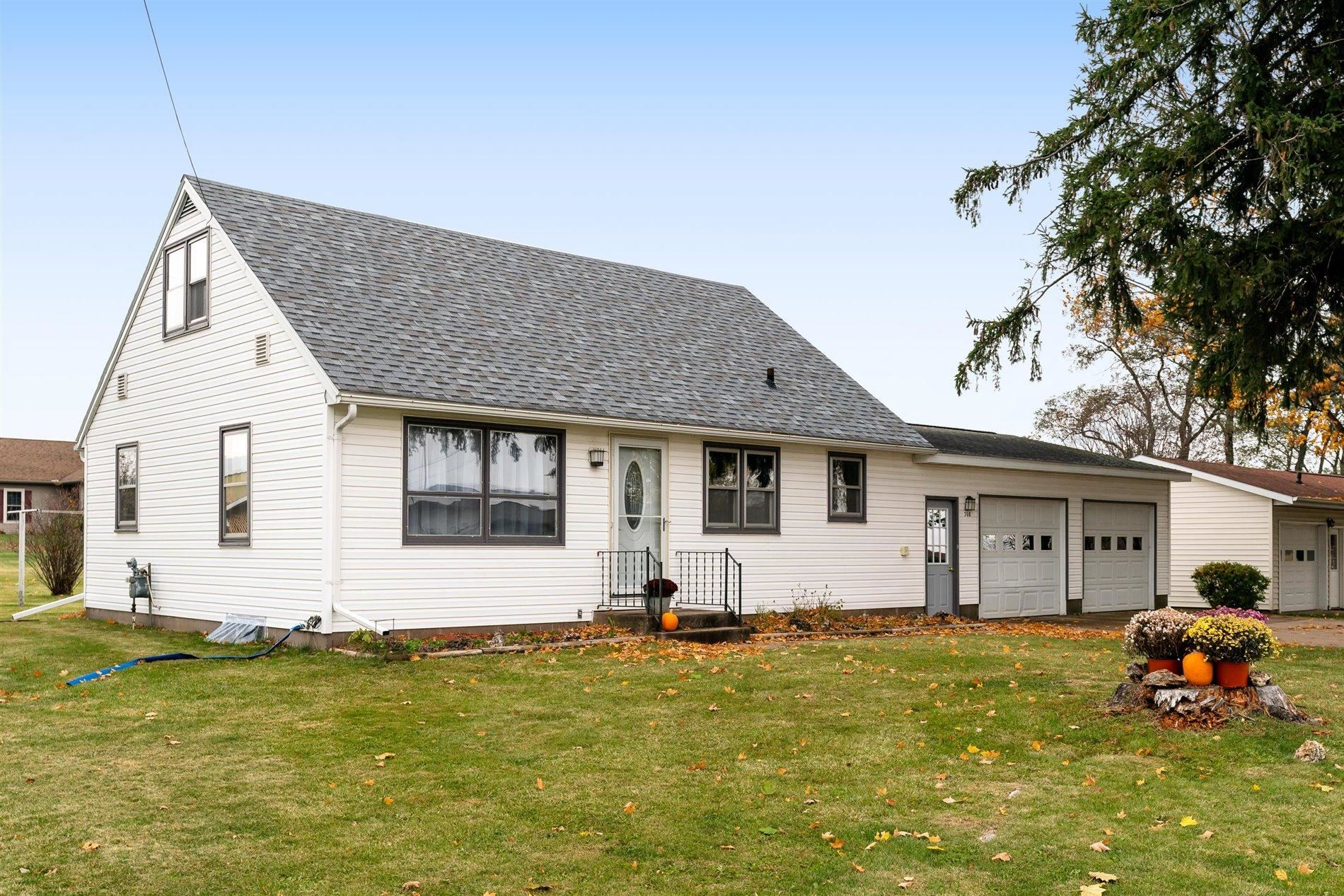 308 E Park St, Westby, WI 54667 - MLS#: 1716119