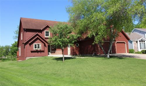 Photo of 540 Mary Knoll Ln, Watertown, WI 53098 (MLS # 1691123)