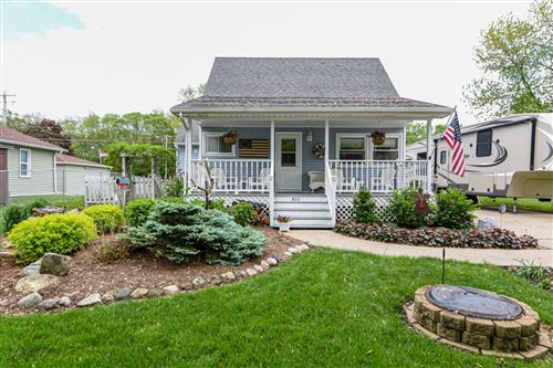Photo of 8411 Chara Dr, Burlington, WI 53105 (MLS # 1691126)