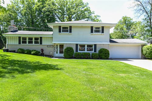 Photo of 4175 Bexley Dr, Brookfield, WI 53045 (MLS # 1692130)