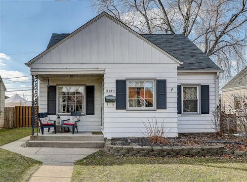 Photo of 3149 S Burrell St, Milwaukee, WI 53207 (MLS # 1720131)