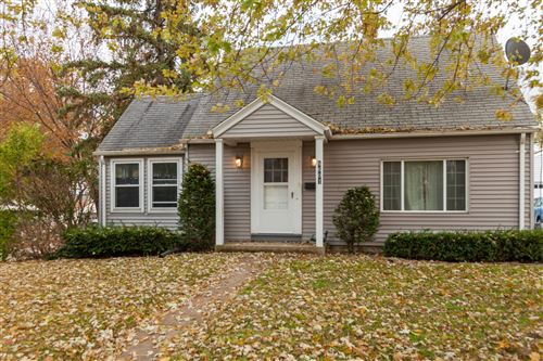 Photo of 8601 W Dakota St, West Allis, WI 53227 (MLS # 1670132)