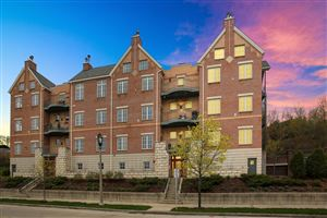 Photo of 1809 N Commerce St #302, Milwaukee, WI 53212 (MLS # 1635134)