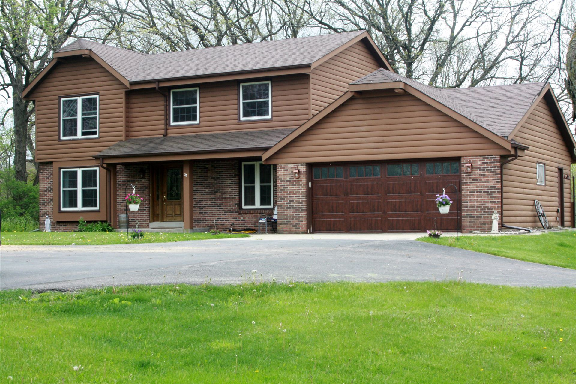 S29W31247 Sunset Dr, Genesee, WI 53189 - #: 1685137
