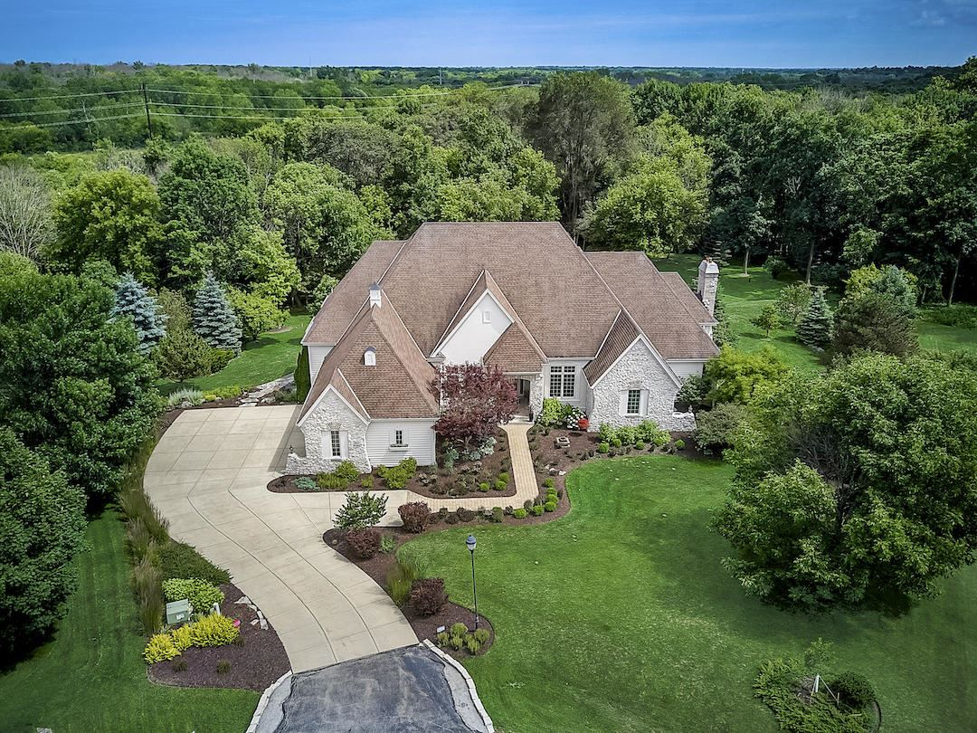 7033 W Overlook Ct, Mequon, WI 53092 - #: 1671139