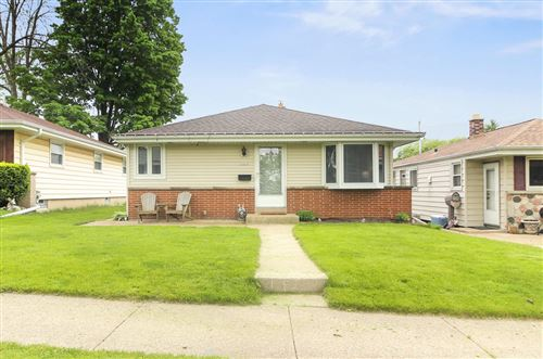 Photo of 3007 S 95th St, West Allis, WI 53227 (MLS # 1691140)
