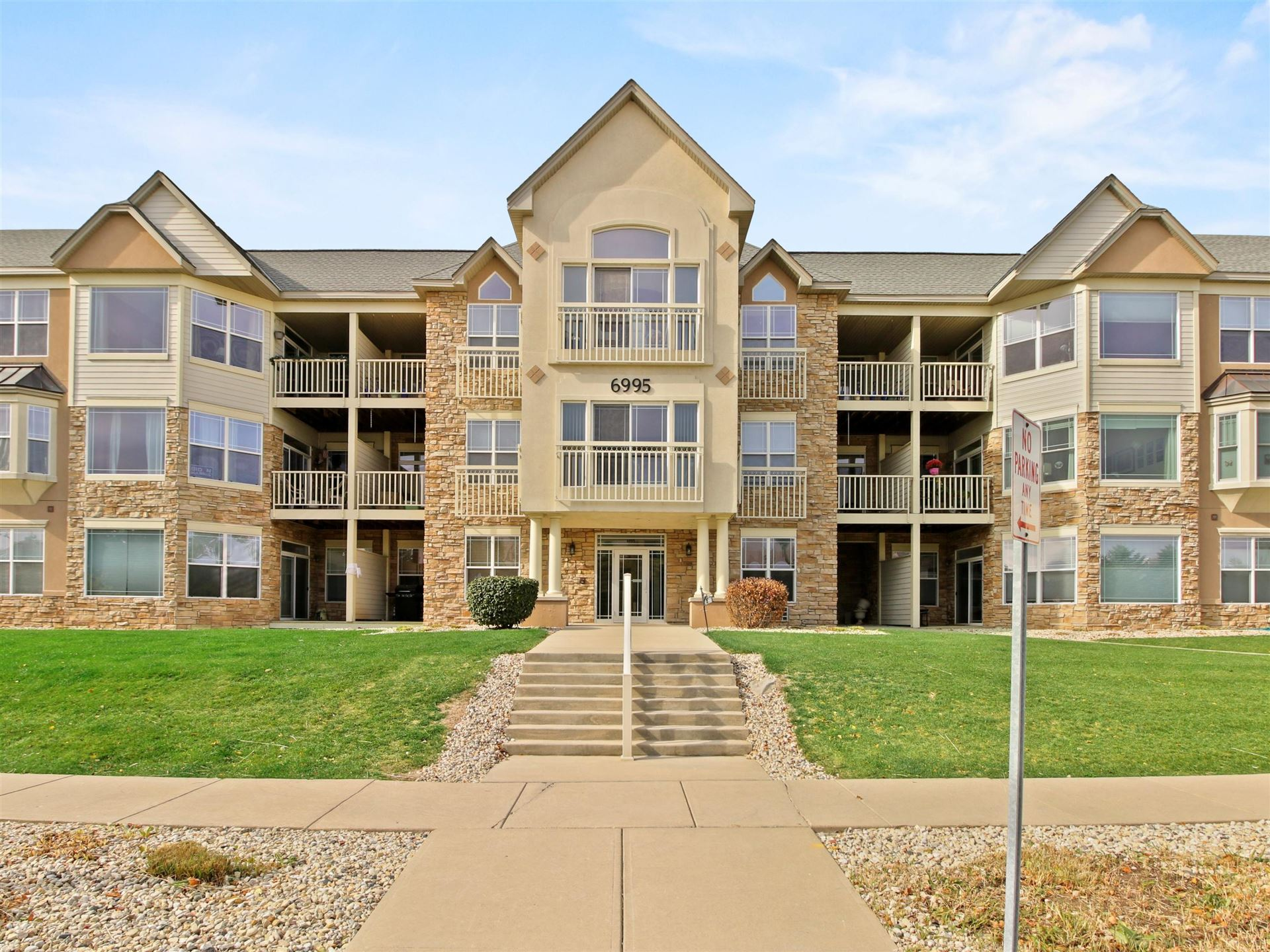 6995 S Riverwood Blvd #S-108, Franklin, WI 53132 - #: 1716148