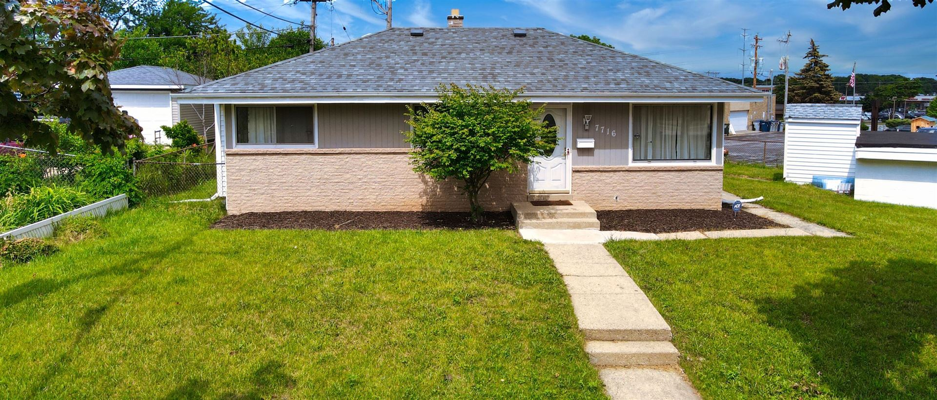 7716 W Brentwood Ave, Milwaukee, WI 53223 - #: 1767157