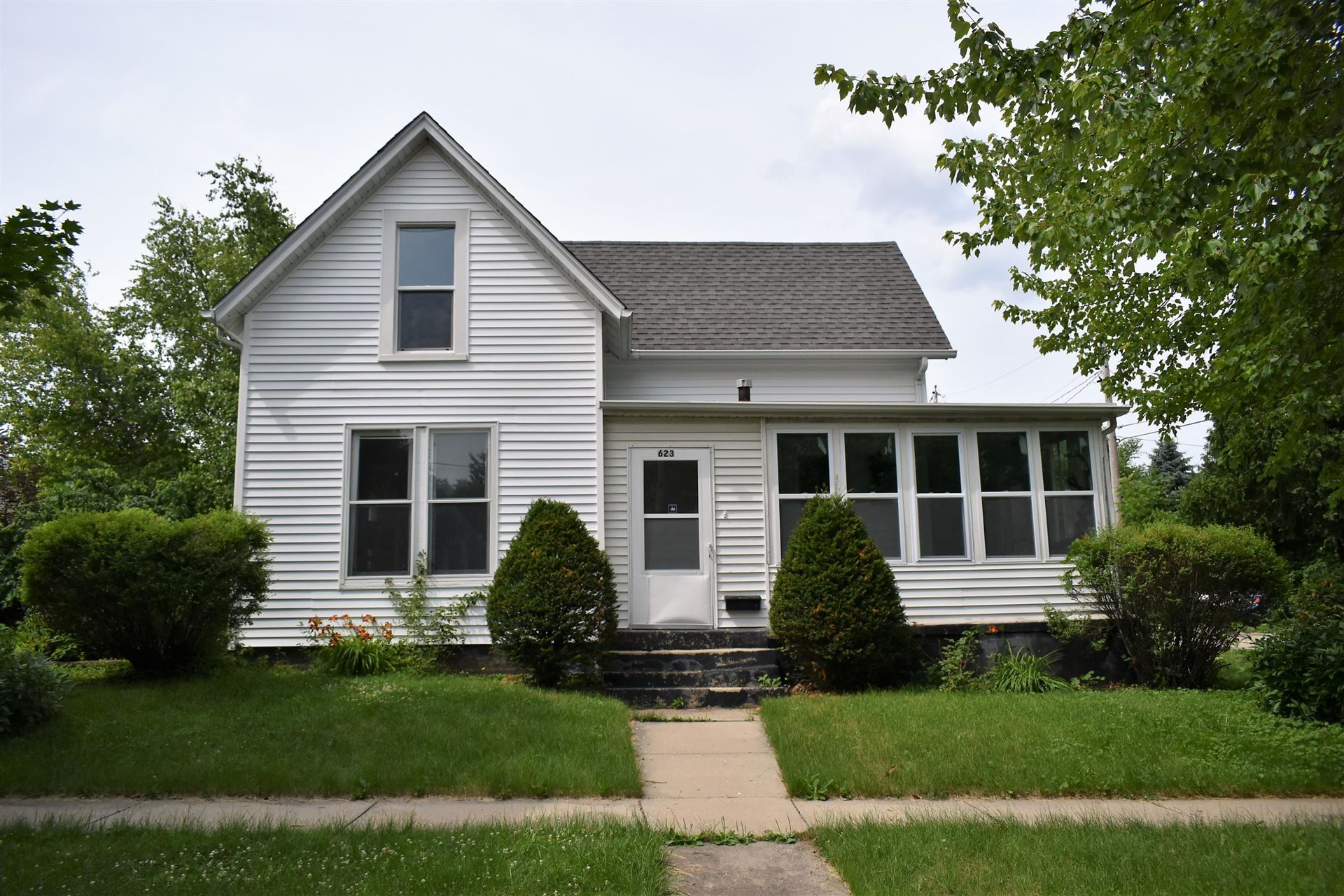 623 Dodge St, Lake Geneva, WI 53147 - #: 1697161