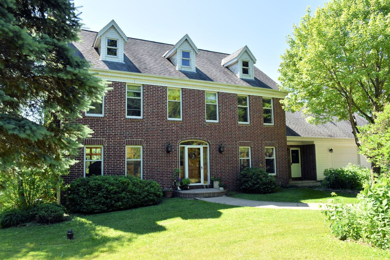 6301 Loland Dr, Waterford, WI 53185 - #: 1701167