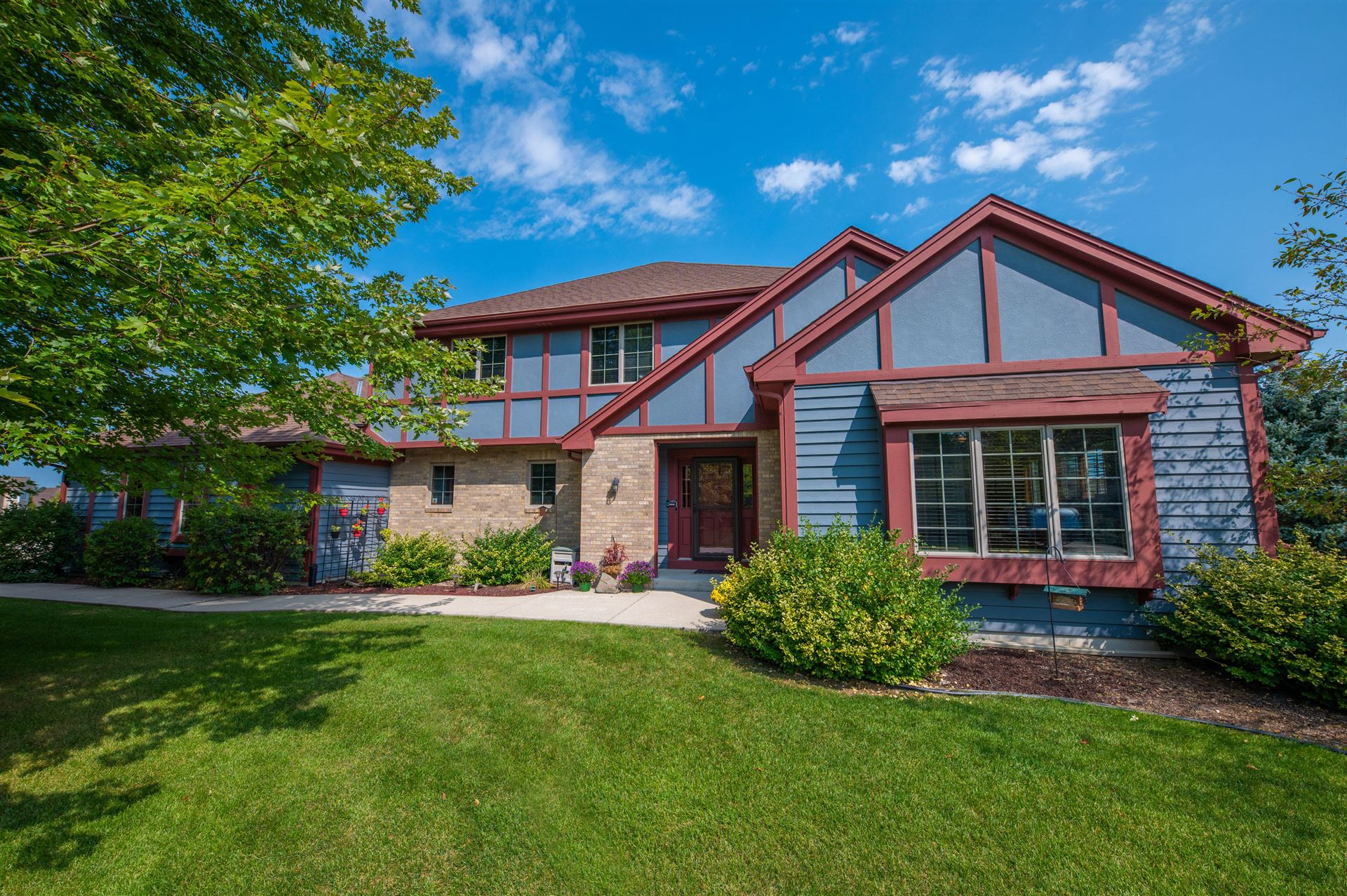 9440 Oak Ct, Brown Deer, WI 53223 - #: 1711171