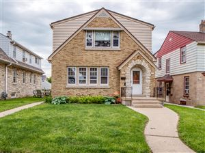 Photo of 3157 S 29th St, Milwaukee, WI 53215 (MLS # 1643176)