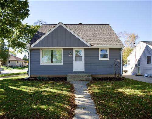 Photo of 3801 N 82nd ST, Milwaukee, WI 53222 (MLS # 1768181)