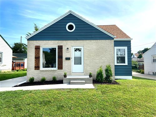 Photo of 1315 E Crawford Ave, Milwaukee, WI 53207 (MLS # 1698186)