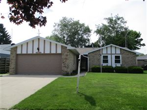 Photo of 2630 College St, Manitowoc, WI 54220 (MLS # 1634188)