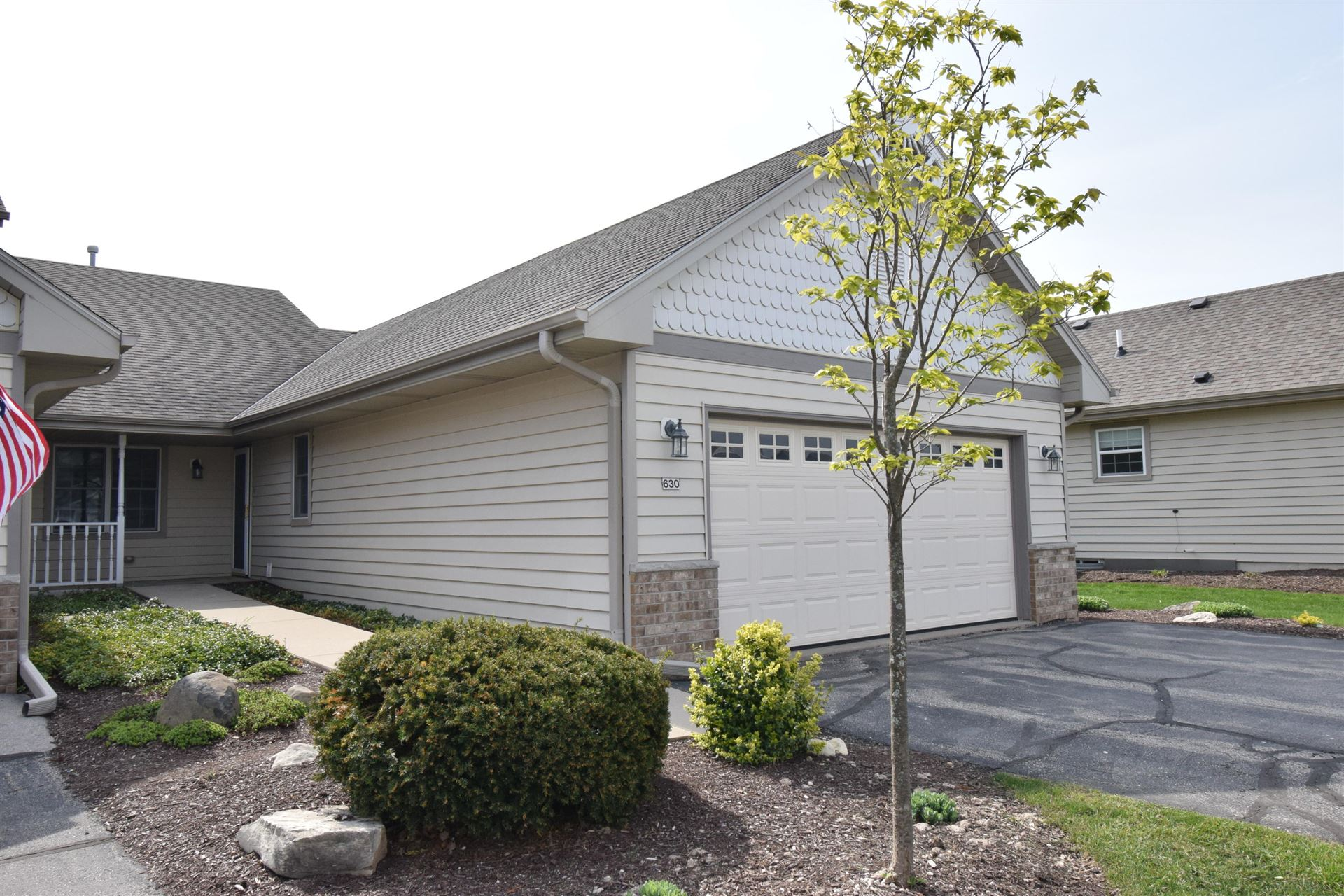 630 Annecy Park Cir, Waterford, WI 53185 - #: 1737189