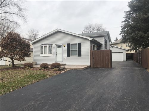 Photo of 26614 106th St, Salem Lakes, WI 53179 (MLS # 1670196)