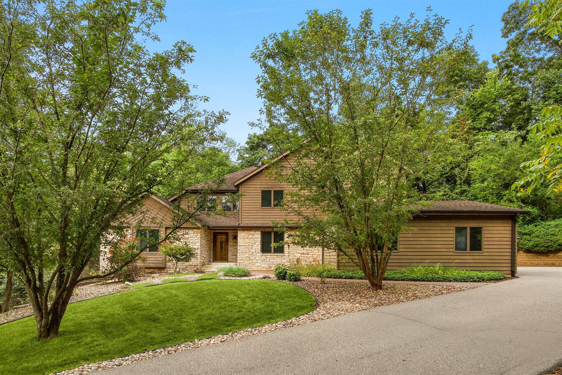 W5548 Eagle Point Dr, Shelby, WI 54601 - MLS#: 1763205
