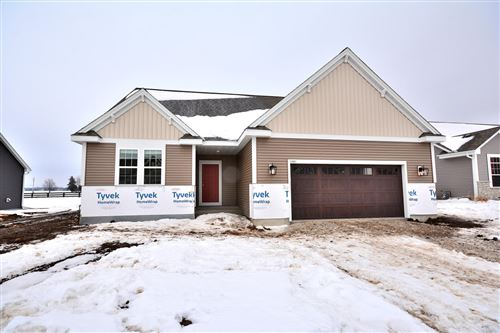 Photo of 1421 Rosewood Pass, Oconomowoc, WI 53066 (MLS # 1728210)