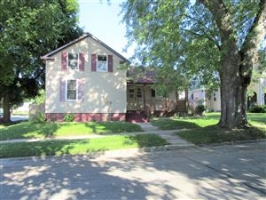 Photo of 941 N 15th St, Manitowoc, WI 54220 (MLS # 1655211)