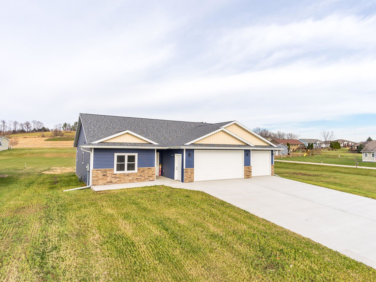 21572 Somerset Downs Ln, Galesville, WI 54630 - MLS#: 1719211